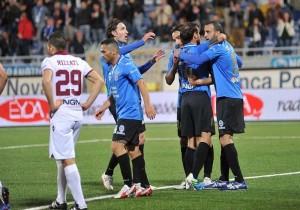 novara-calcio-2013-2014-novara-trapani-3-1-643-12X